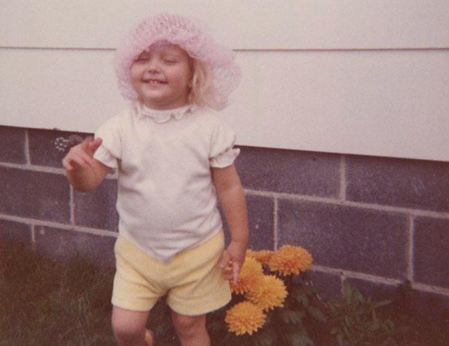 Jeni toddler in hairnet