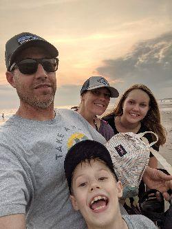 Kristin Mandly family