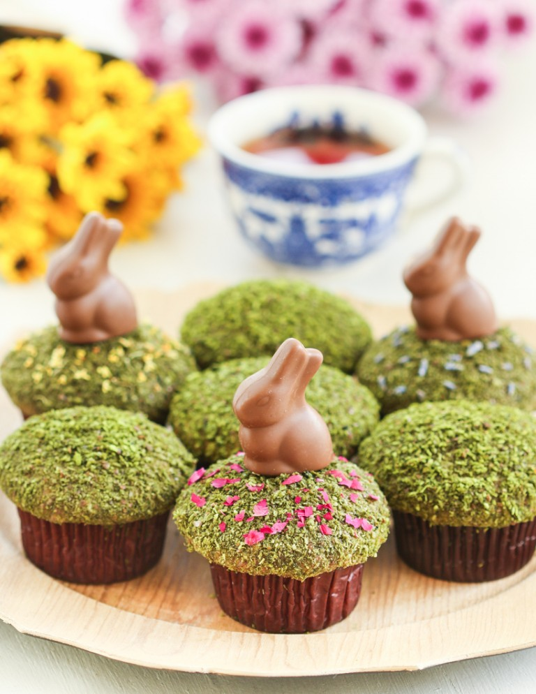 easter muffins, easter cupcakes, green moss muffins, beautiful easter cupcakes