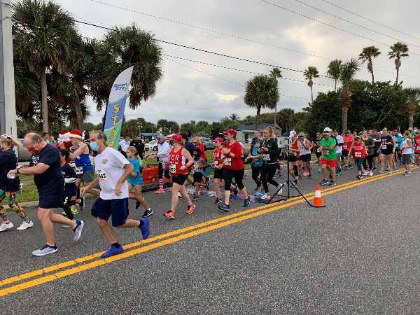 Runners gather for the 25th Annual Reindeer Run.