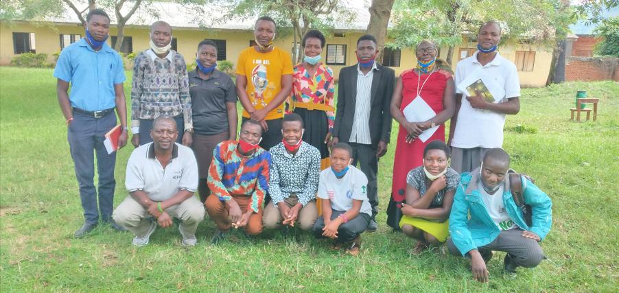 Photo of group of people in Uganda
