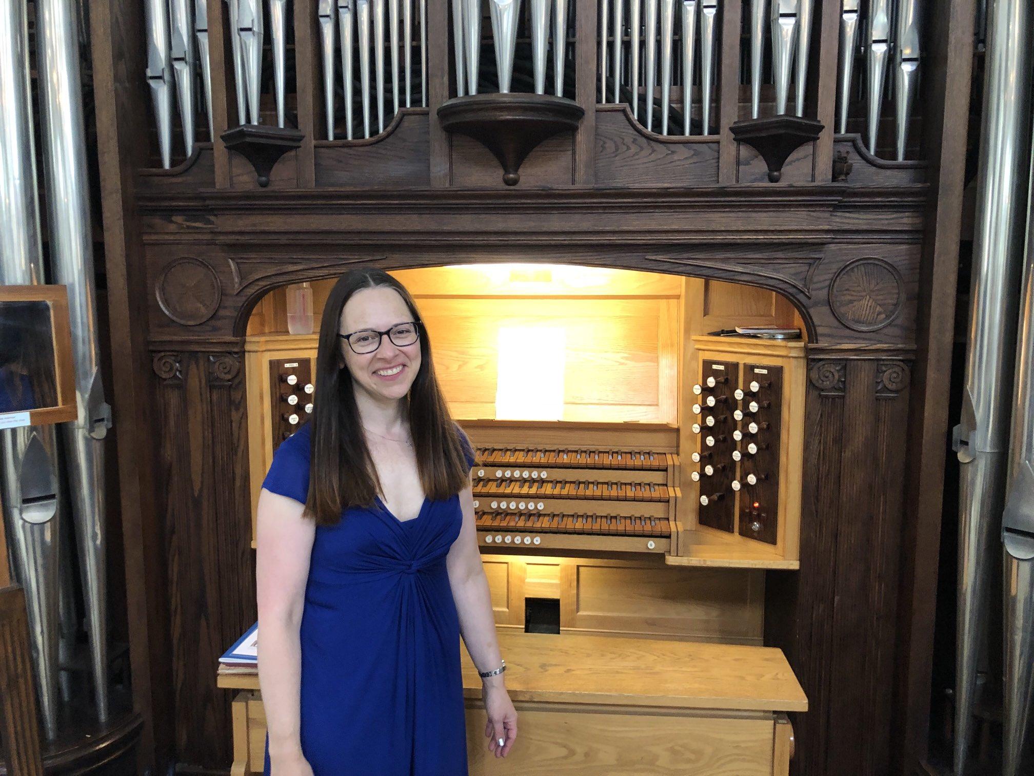 Photo of Bridget West by organ