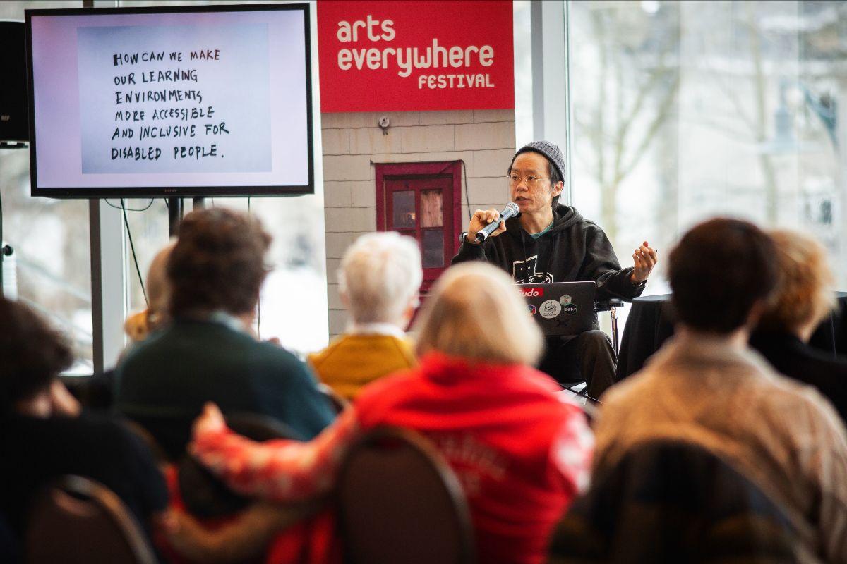 Photo of Taeyoon Choi presenting at ArtsEverywhere.
