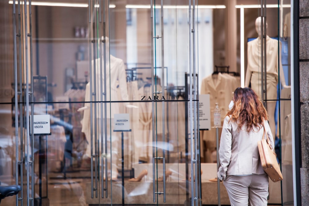 Global fashion industry suffers adverse pandemic impact in 2020