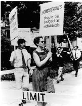 Barbara Gittings picketing during the Annual Reminder