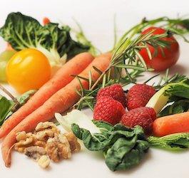 Group of Fruits & Vegetables (dbreen via Pixabay)