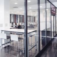 Komfortables Lernen: Modernes Einrichtungskonzept für die Universität Paderborn
