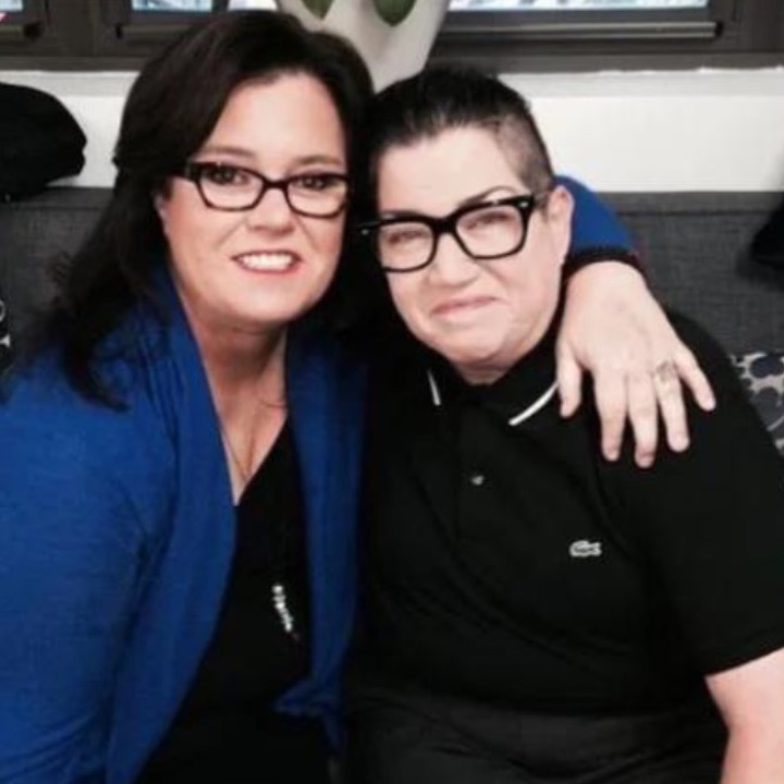 photo of rosie o'donnell and lea delaria embracing