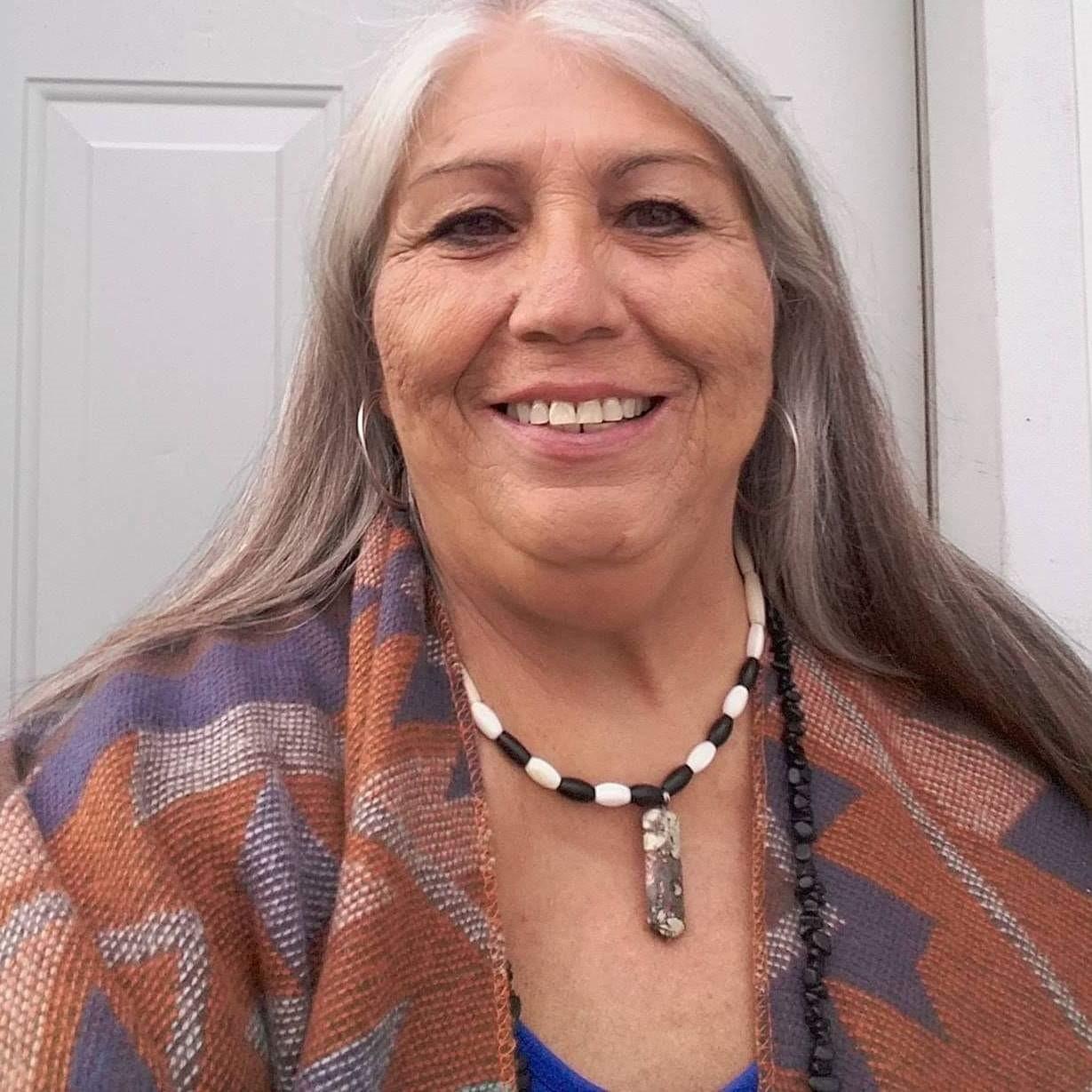 Headshot of LindaBurgess