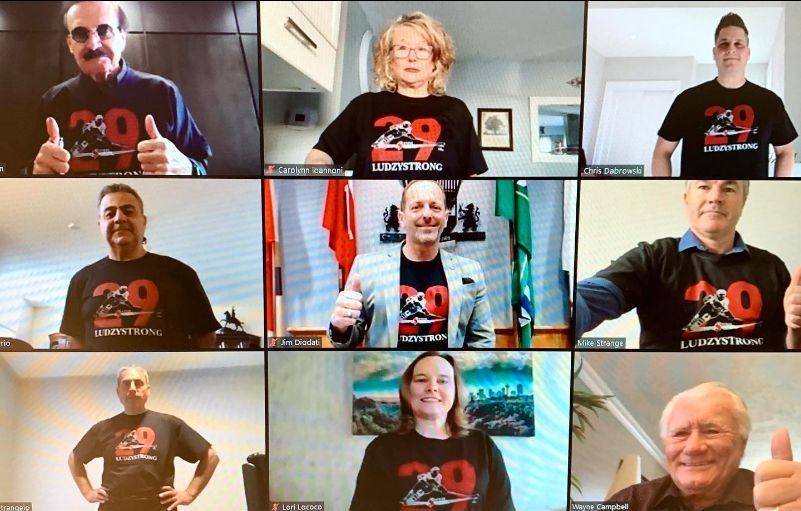 Niagara Falls Councillors wearing #LudzyStrong t-shirts, in support of Steve Ludzik.