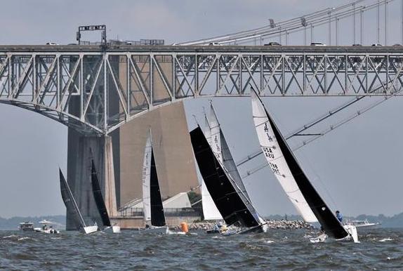 J/80 sailing Annapolis Two Bridge Fiasco
