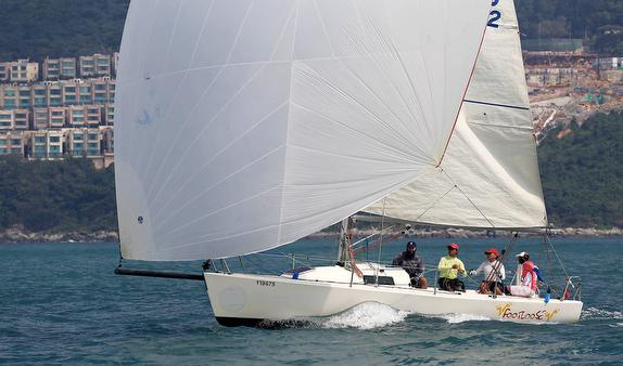 J/80 sailing Hong Kong Round Island Race