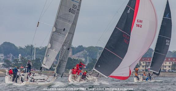 J/Crews sailing Ida Lewis race