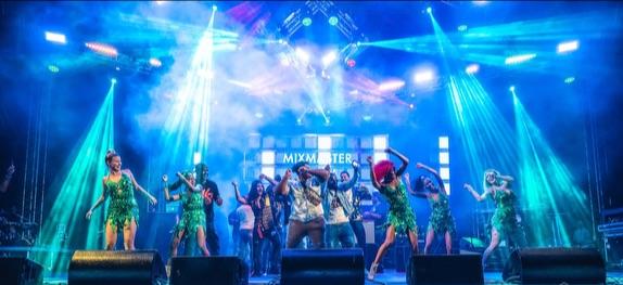 St Maarten Heineken concert bands