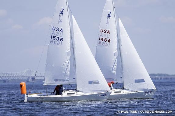 J/22s sailing on Chesapeake Bay