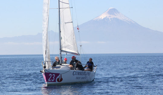 J/80 sailing in Chile