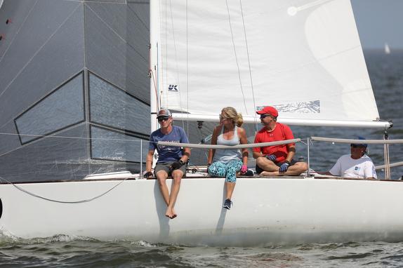 J/24 sailboat crew