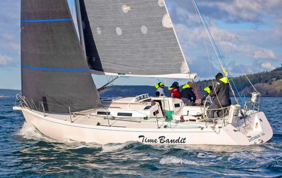 J/120 sailing off Seattle, WA