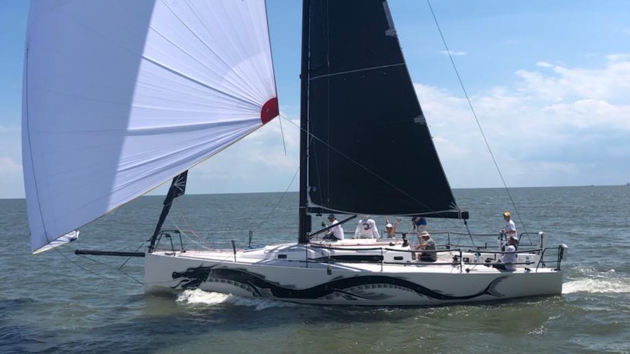 J/121 sailing offshore