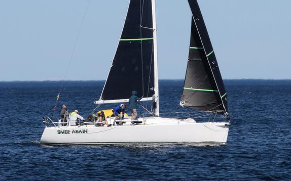 J/109 sailing offshore