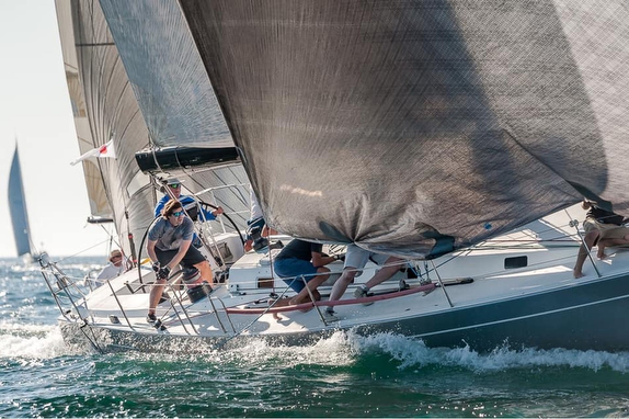 J/145 Palaemon sailing offshore