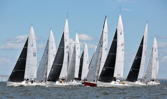 J/105s sailing off Annapolis, MD