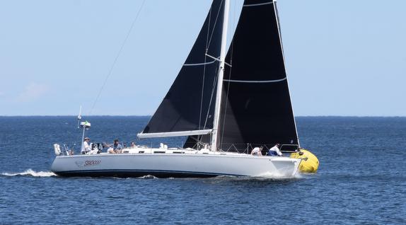J/160 sailing Hook Race