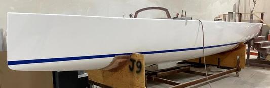 J/9 hull molding