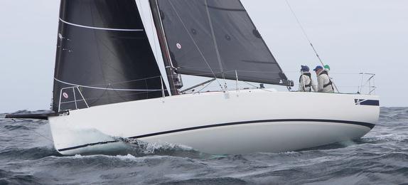 Australian J/99 sailing doublehanded