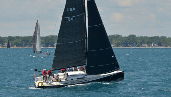 J/111 sailboat- sailing Bayview Mackinac race