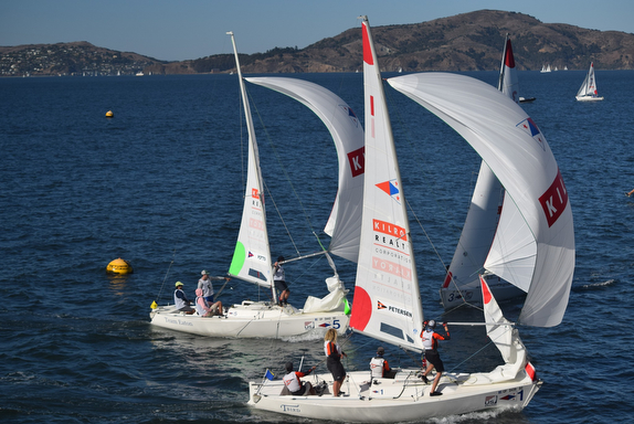J/22 match racing off St Francis Yacht Club