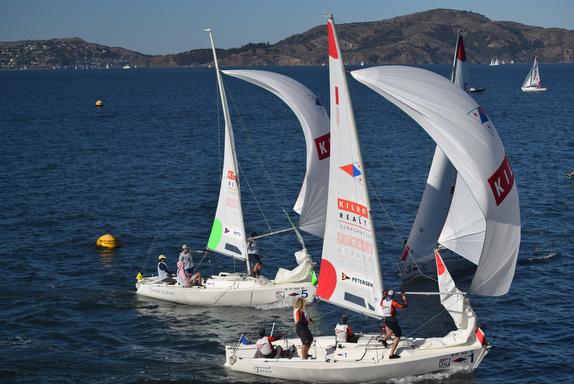 J/22 match racing off St Francis Yacht Club