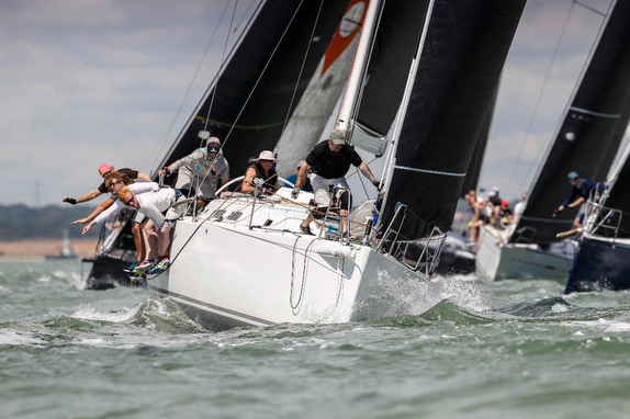 J/122 sailing RORC offshore series