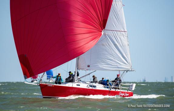 J/105 sailing St Petersburg NOOD