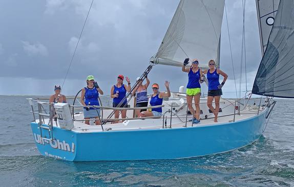 J/32 cruising sailboat- women's team