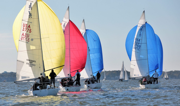 J/24 sailboats offshore