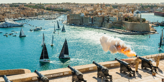 Rolex Middle Sea race starting line