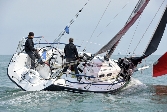J/109 sailing doublehanded in England