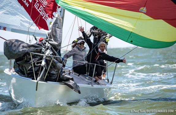 J/24 sailing on Tampa Bay
