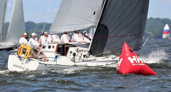 J/35s sailing off Annapolis