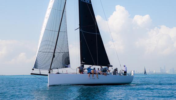 J/121 sailing Miami to Nassau Cup Race