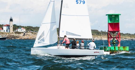 J/70 rounding Beavertail Point bell