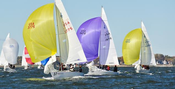 J/24s sailing on Chesapeake Bay