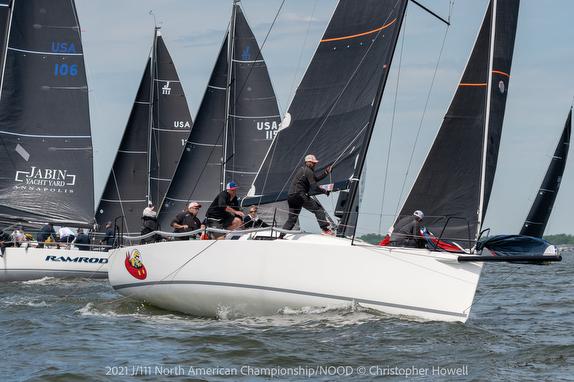 J/111s sailing on Chesapeake Bay