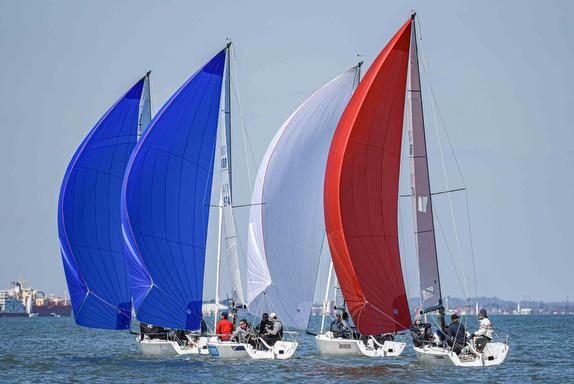 J/70s sailing on Solent