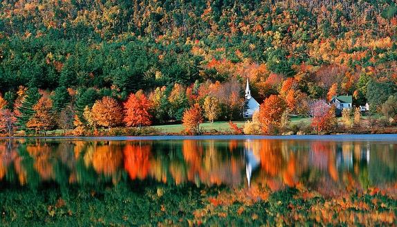 fall sailing on Lake George, NY