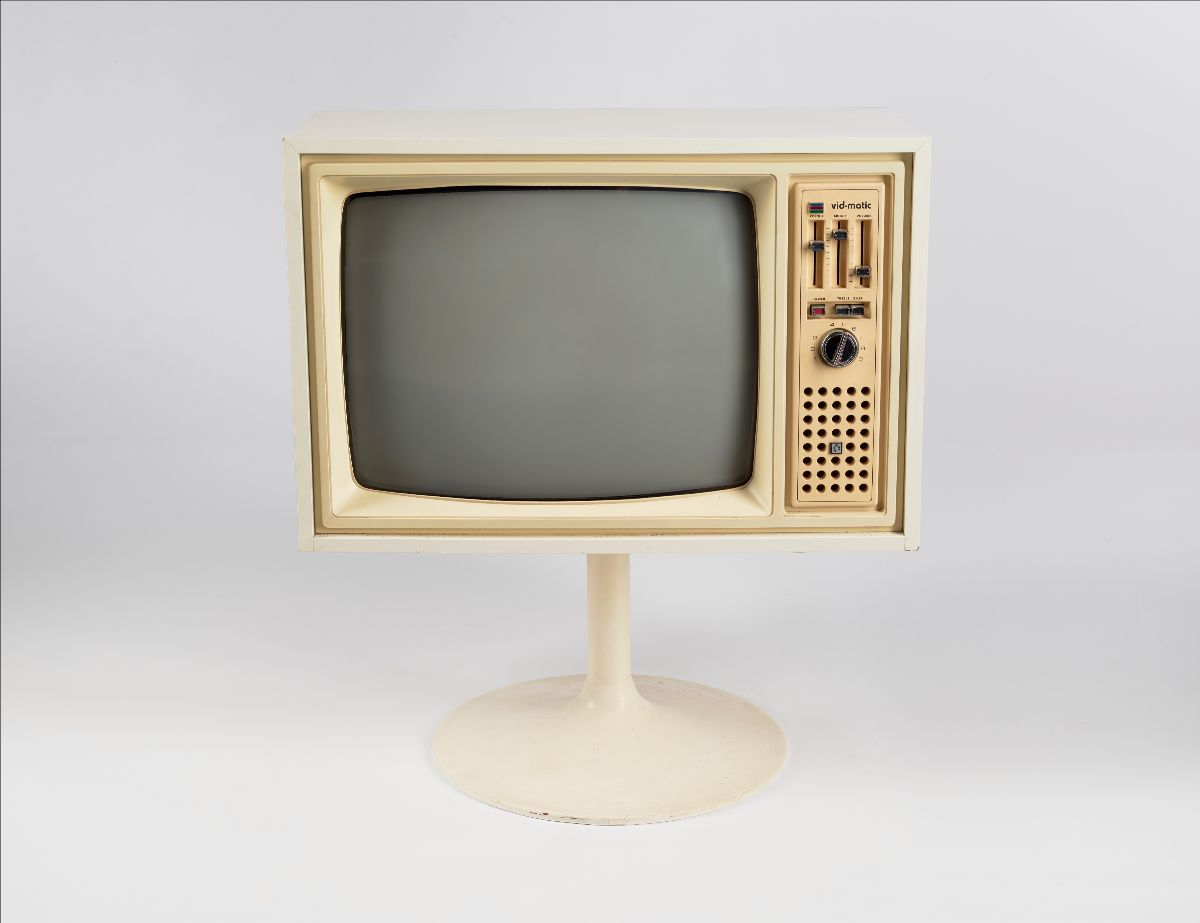 Television set, 1974, PYE Ltd (NZ). Gift of Mark Johnstone, 2019. Te Papa (GH025365)
