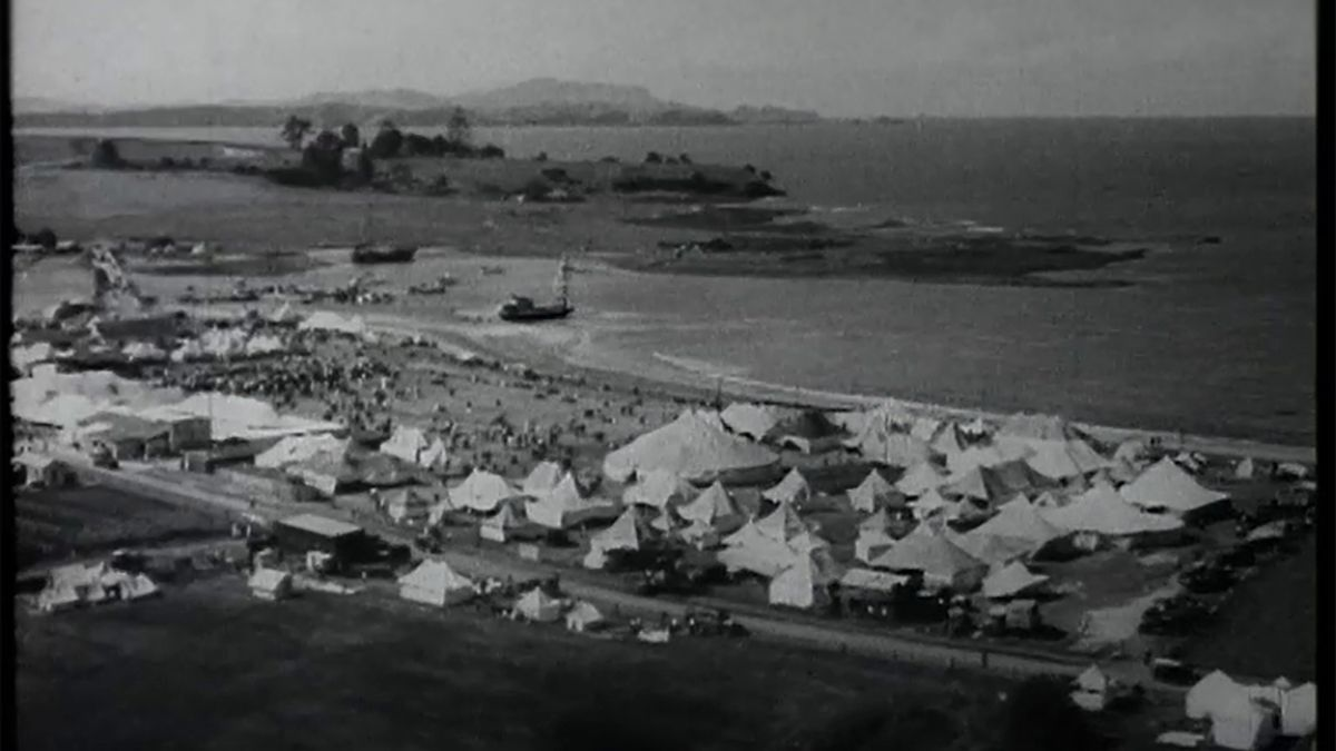 Still from 'Soundscenes Newsreel – Special of Waitangi Celebrations', 1935.