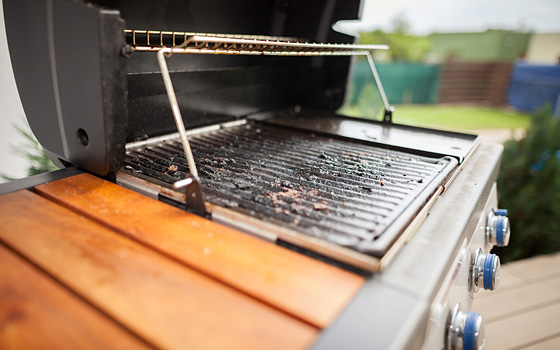 A Guide To Cleaning Your Grill Or Smoker