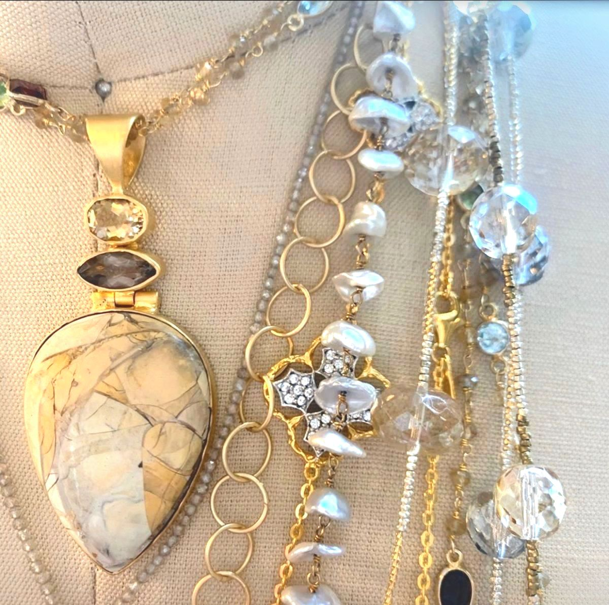 BITTERSWEET NECKLACES LAYERED